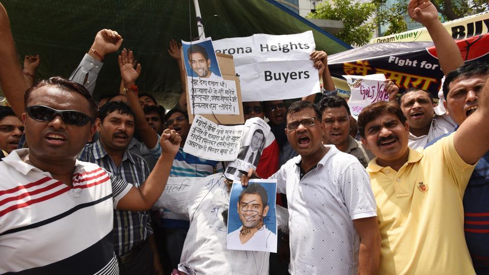 Noida,Amrapali,protest