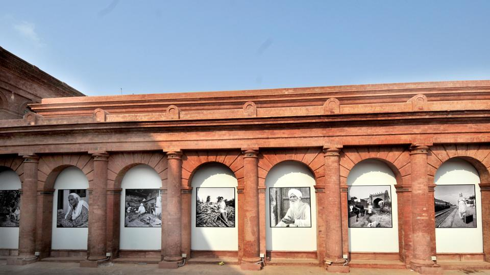 The exhibition space opens to portraits in black and white of victims and witnesses to the partition and the stories that have survived 70 years on. The viewer is met with more pictures, video narratives and paintings by select artists such as Satish Gujral, SL Prasher and Krishen Khanna who migrated from Lahore, the cultural capital of undivided India. (Ravi Kumar / HT Photo)