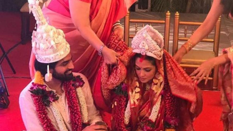 Image result for riya sen wedding photos