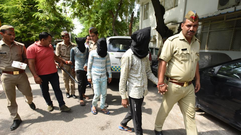 Noida crime,Noida police,encouter shooting