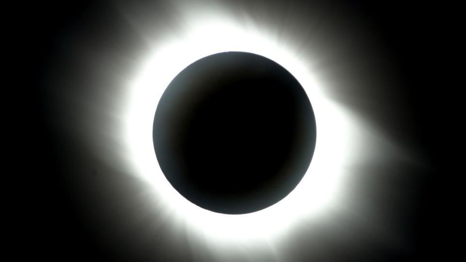 A full solar eclipse sin Antalya, southern coast of Turkey.