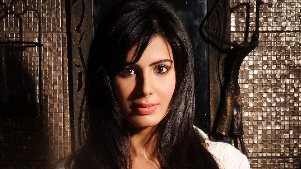 Bollywood,Kirti Kulhari,Irrfan