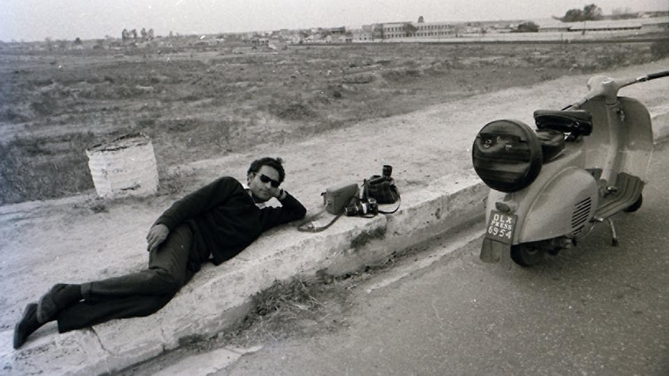 Renowned Indian Photographer S Paul, the father of modern Indian photojournalism passed away at the age of 88, at his Surya Nagar residence in Sahibabad at 9.30 p.m on Wednesday August 16, 2017. Accompanying him on his pyre was an old analog camera. (Pramod Pushkarna)