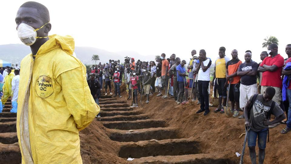 Sierra Leone races against time in a bid to avoid fresh landslides only days after a devastating mudslide on the outskirts of the capital Freetown claimed more than 400 lives with 109 among them children. Authorities have begun evacuation processes around the site of Monday's landslide at Mount Sugar Loaf, about eight kilometres outside the capital, after examining drone images and the possibility of fresh rains. (Seyllou / AFP)
