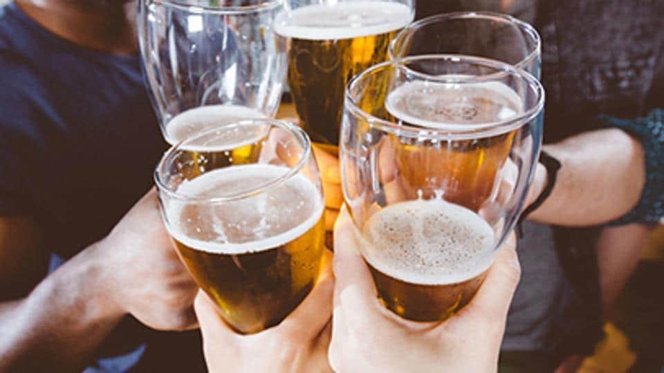 Delhi news,Delhi murder,Public drinking