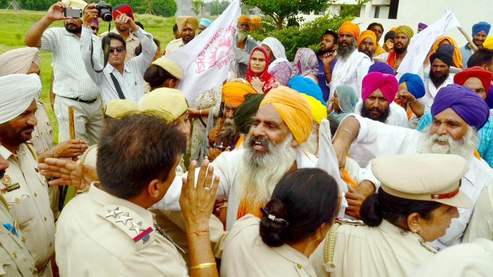 Debt waiver,Navjot Sidhu,farmers up in arms