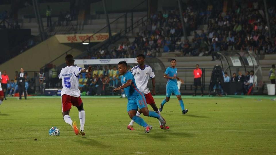 Mauritius national football team,St Kitts & Nevis national football team,Tri-Nation Cup