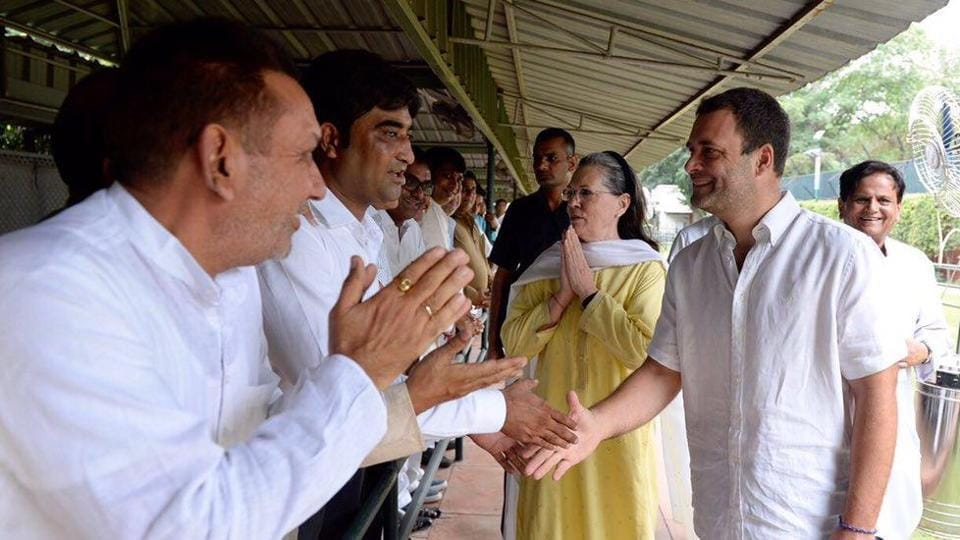 Sonia Gandhi,Rahul Gandhi,Gujarat polls