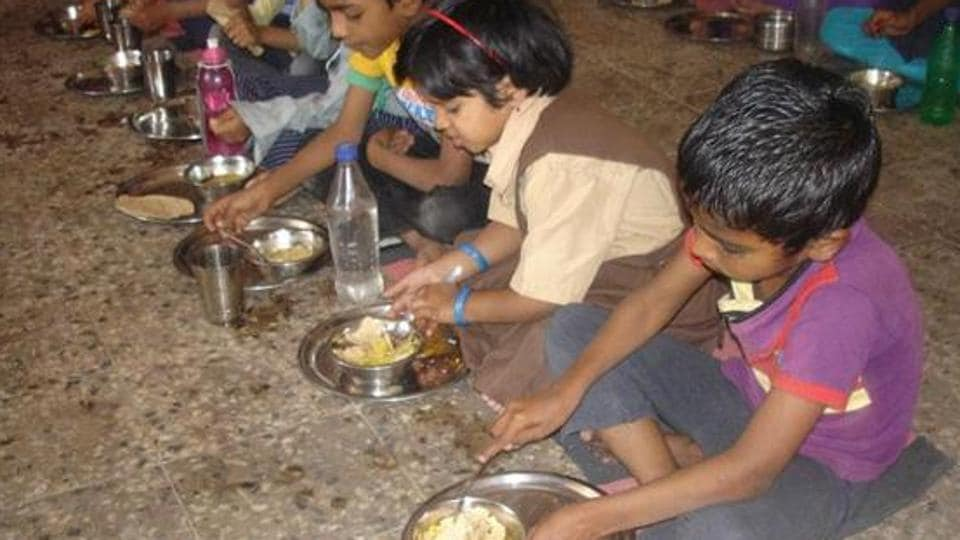 Nursery student,t mid-day meal,Chandigarh student