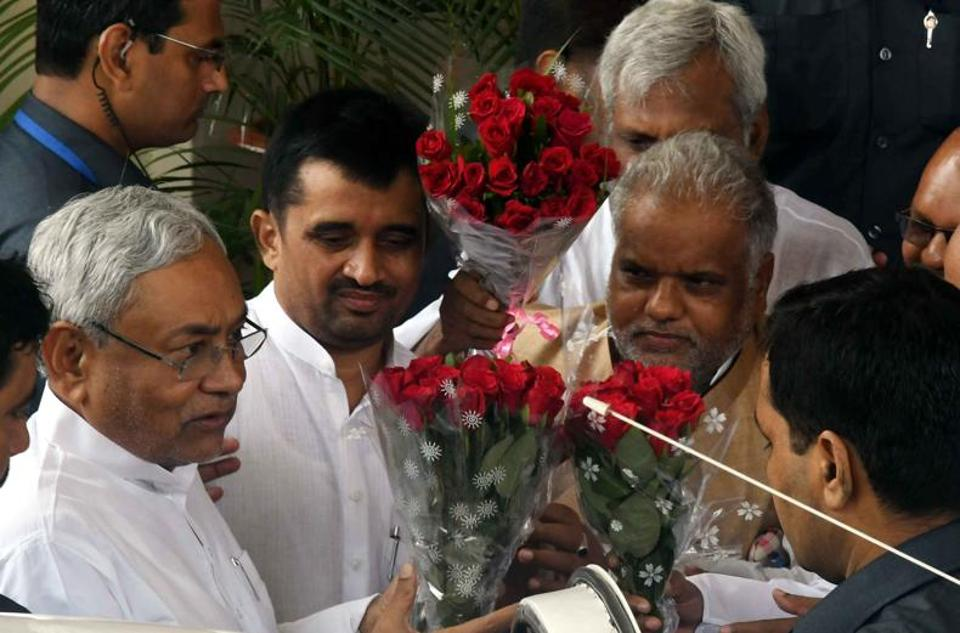 Fund transfer scam,CM Nitish Kumar,CBI probe ordered