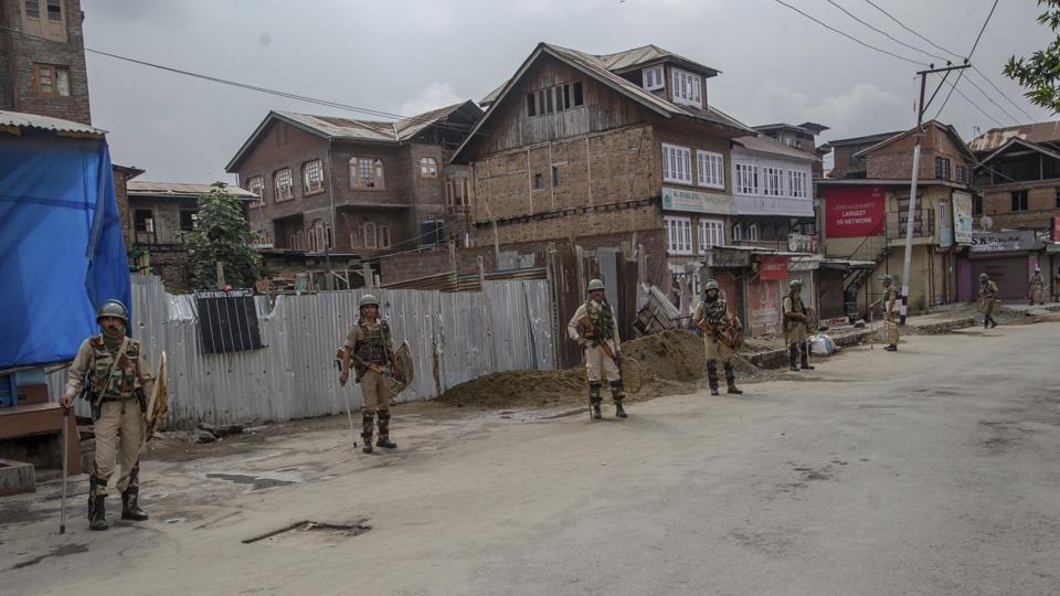 Kashmir,sarpanch,militant