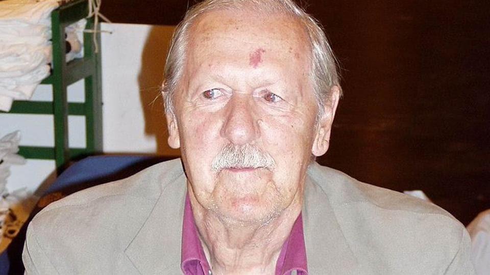 British author Brian Aldiss at Worldcon in Glasgow in 2005.