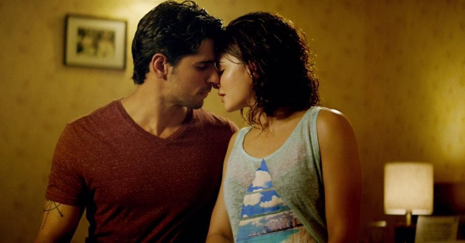 Sidharth Malhotra and Jacqueline Fernandez in a still from The Gentleman's song, Laagi Na Choote.