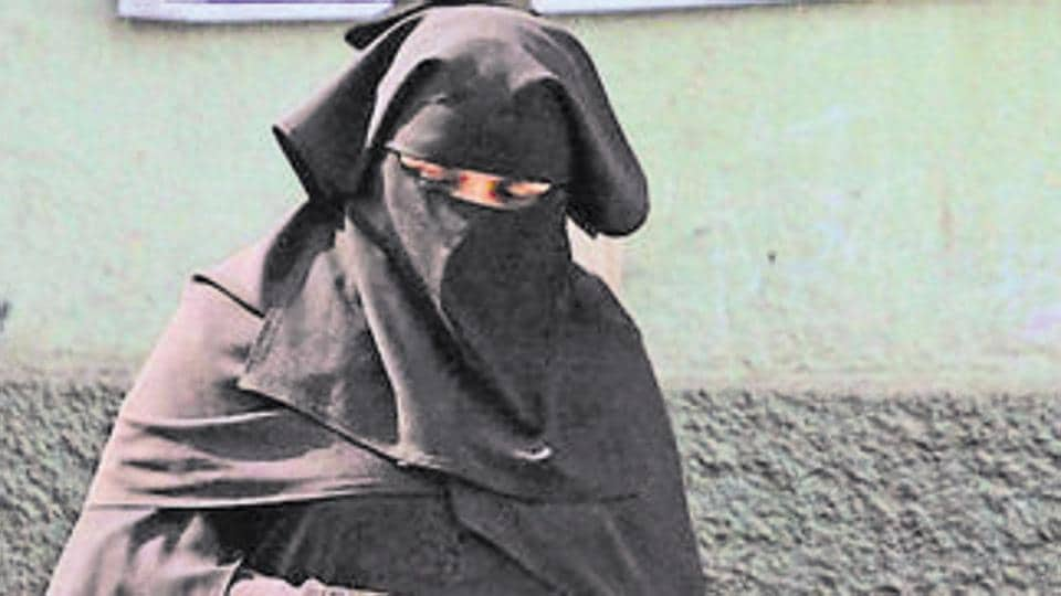 Love rules: Woman in burqa, hiding from mother, creates scare at Delhi airport