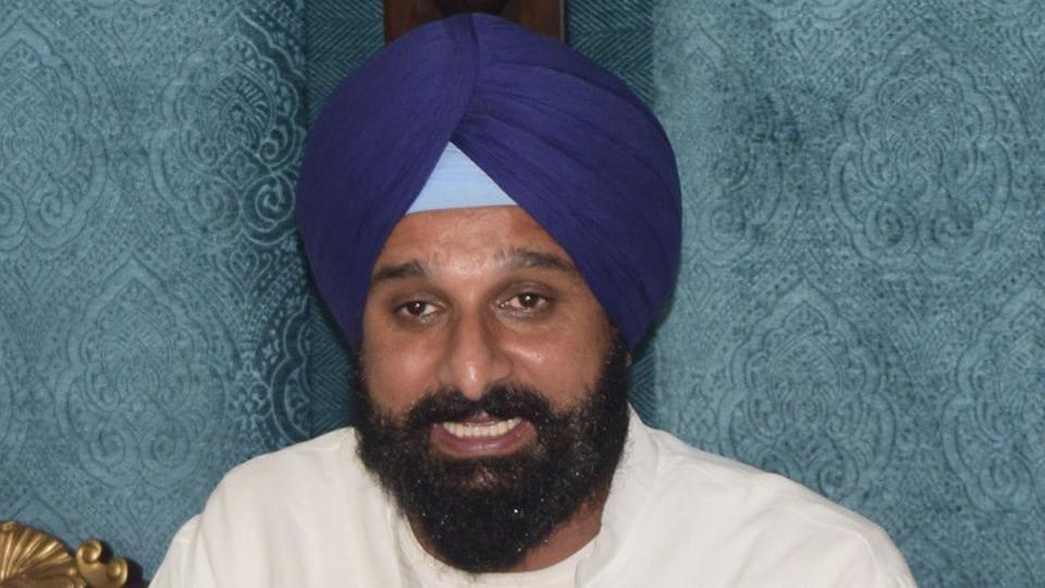 Bikram Singh Majithia,Defamation case,Kejriwal