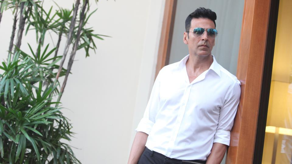 akshay kumar on working with new directors if i don t take risks