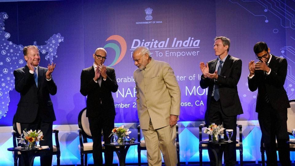 Prime Minister Narendra Modi with Microsoft CEO Satya Nadella (second left), John T. Chambers, Executive Chairman of Cisco, Paul E. Jacobs, Executive Chairman of Qualcomm and Google CEO Sundar Pichai (right) during the Digital India dinner in San Jose
