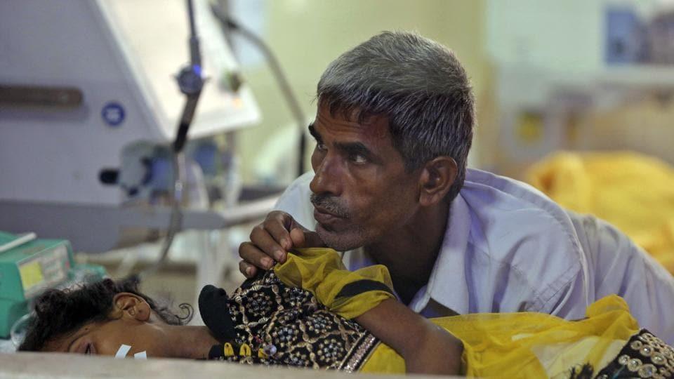 Encephalitis,Gorakhpur hospital,Yogi Adityanath