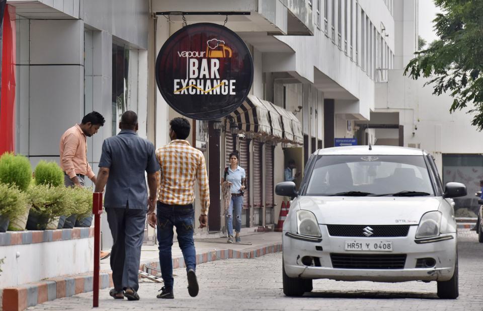 Sohna Road,Supreme court liquor ban,Gurugram