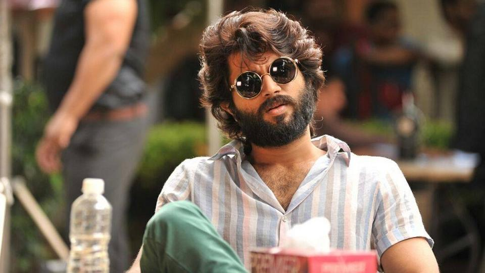 Arjun Reddy has turned out to be a tough competition for Vivegam.