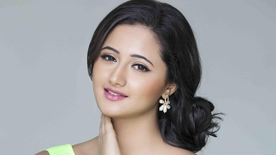 Actor Rashami Desai stars in the show Dil Se Dil Tak.