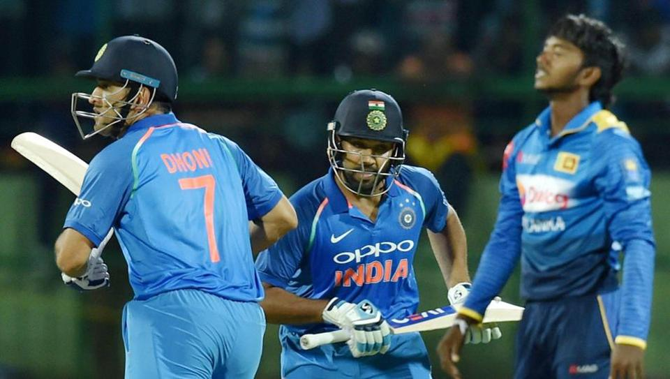 Rohit Sharma and MS Dhoni (L) in action during India vs Sri Lanka third ODI at Pallekele. Catch full cricket score of India vs Sri Lanka, 3rd ODI here