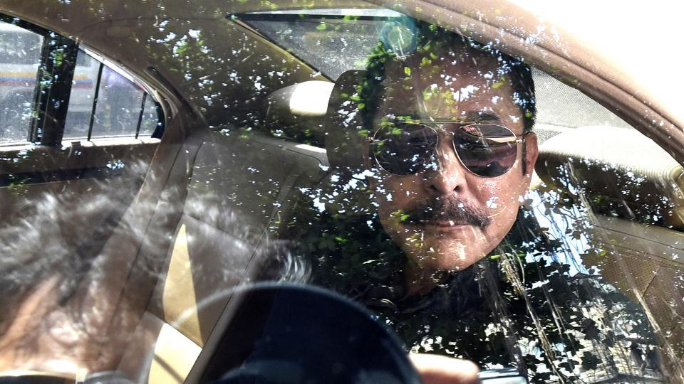 Subrata Roy outside session court in Mumbai, India  on Tuesday. (Anshuman Poyrekar/HT Photo)