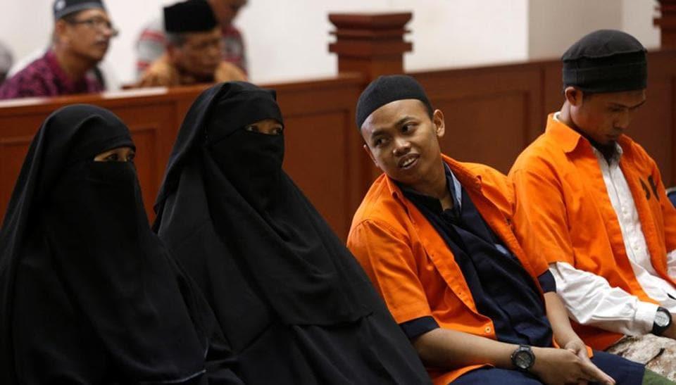 Indonesia,Suicide bomber,Dian Yulia Novi