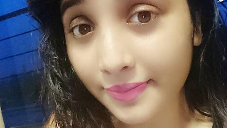 Makers of Bigg Boss 11 have approached Bhojpuri actor Rani Chatterjee for its upcoming season.
