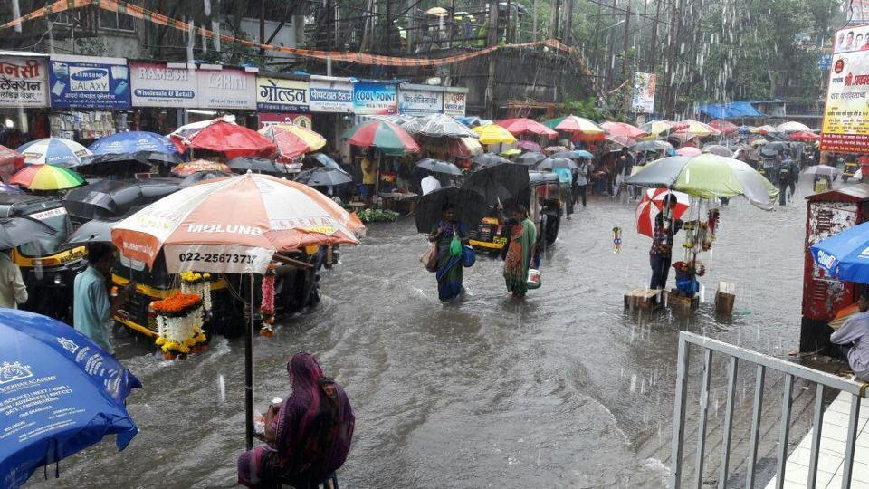 Mumbai weather,Mumbai rains,High tide in Mumbai