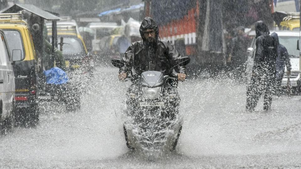 The city has witnessed incessant rainfall over the last four days since Saturday and heavy rains over the past three days has left several areas water logged and led to slow moving traffic. (Kunal Patil / HT Photo)