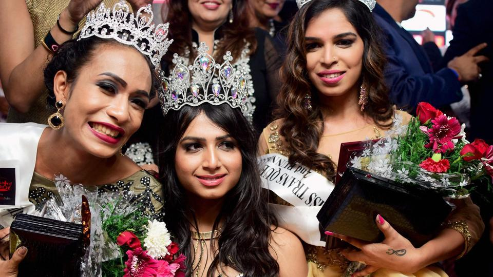 Gurugram: Kolkata transwoman Nitasha, winner of the Miss Transqueen India 2017 title, poses for a picture with 1st Runners Up LoiLoi from Manipur and 2nd Runners up Ragasya from Chennai.