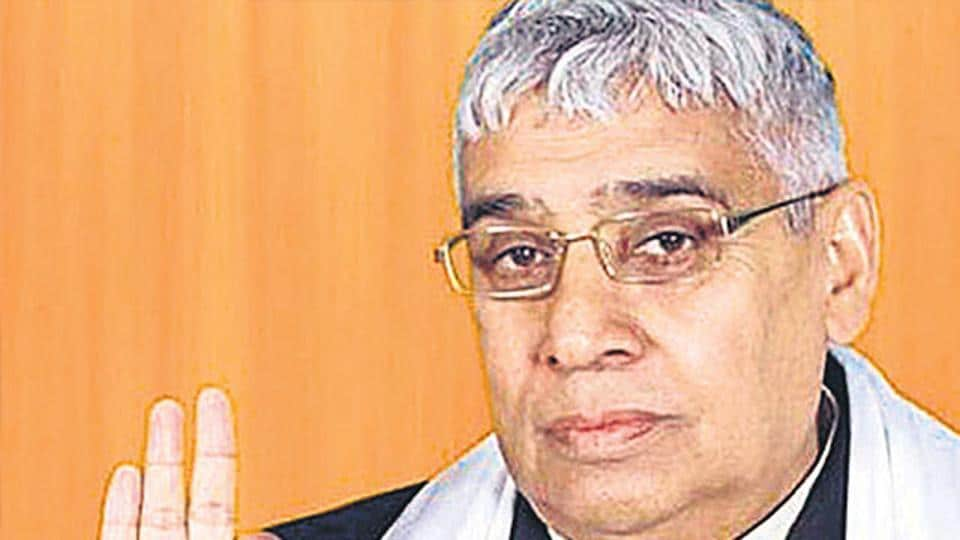 Rampal Dass first burst into prominence in the late 90s after touring Haryana as a bhajan singer.
