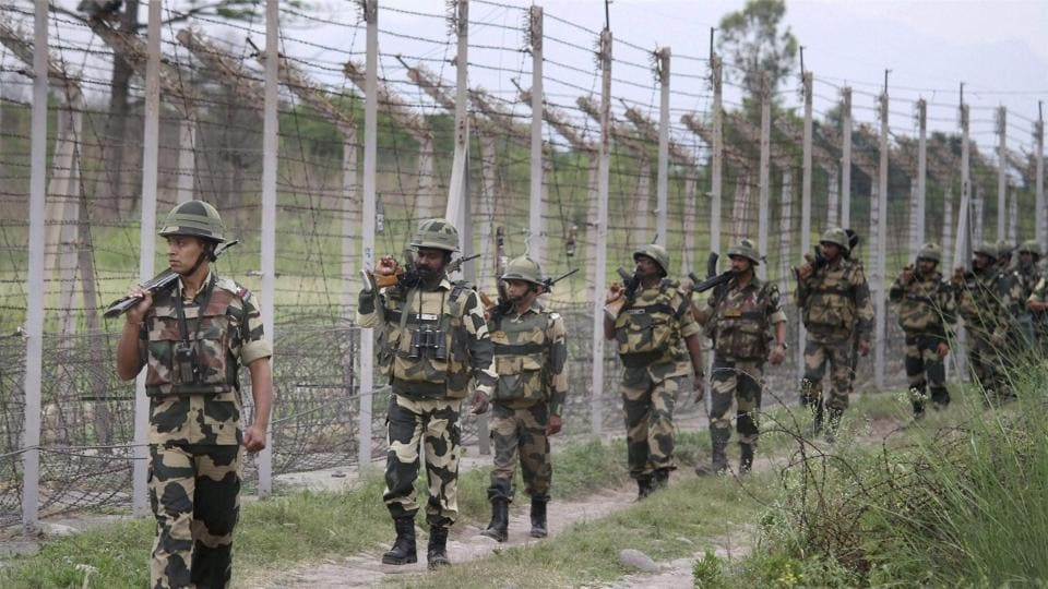 The Pakistani Army targeted Indian positions on the LoC in the Nowshera sector