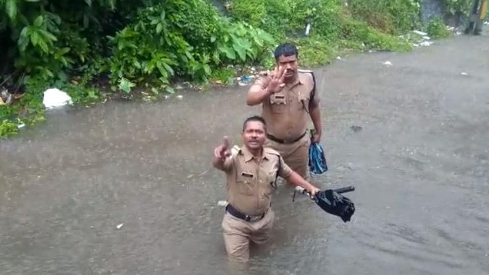 Mumbai police garnered a lot of praise for its quick response to people stranded in floods.