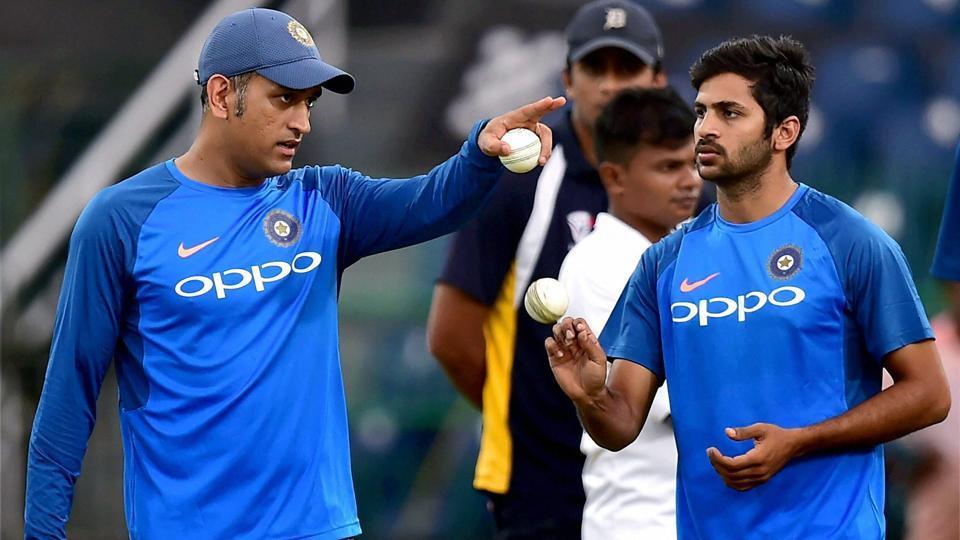 MS Dhoni,Shardul Thakur,India vs Sri Lanka