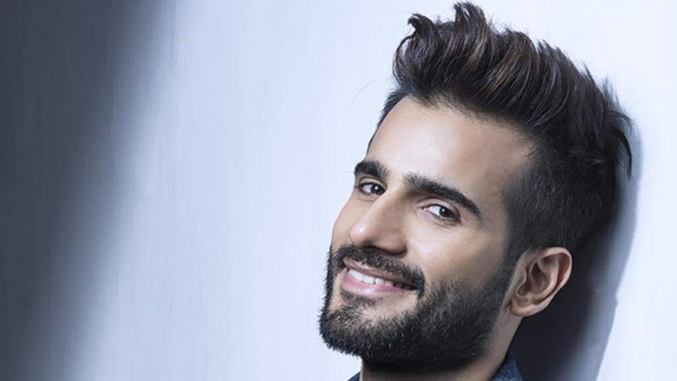 Actor Karan Tacker is rumoured to be a part of the upcoming film Student of the Year 2.