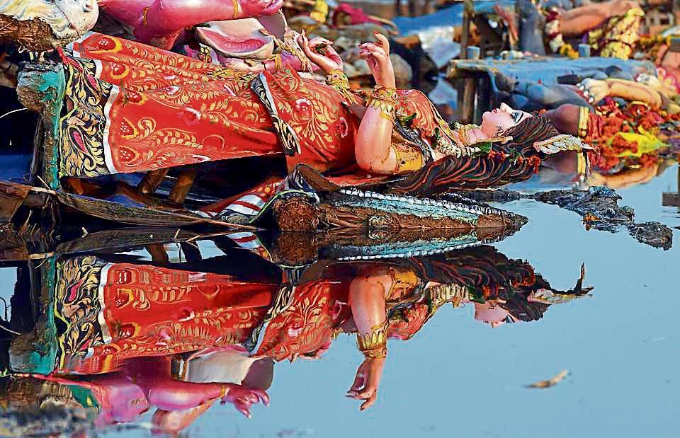 Durga Puja,Puja pandals in Delhi,Durga idol immersion
