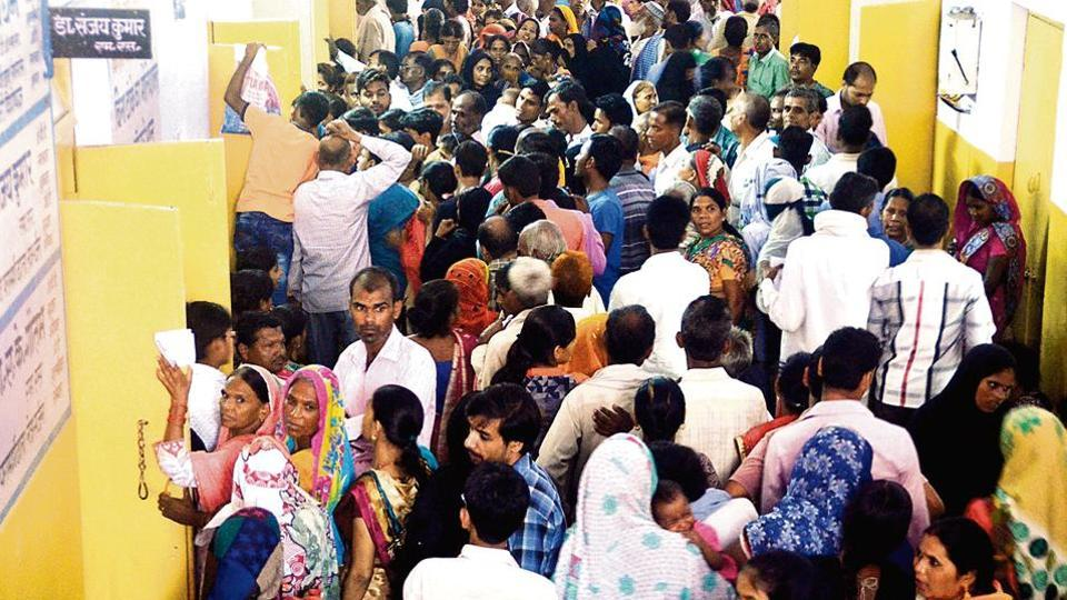 Crowd at the OPDof Bareilly's Maharana Pratap district hospital --the biggest government hospital in the region.