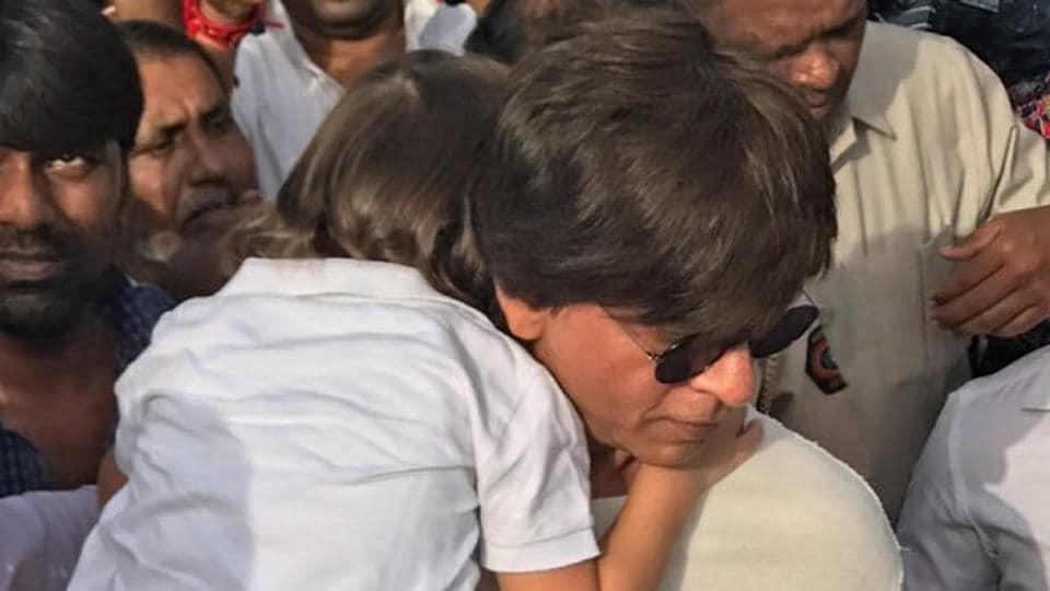 Shah Rukh Khan,Ganpati Visarjan,Ganesh Chaturthi