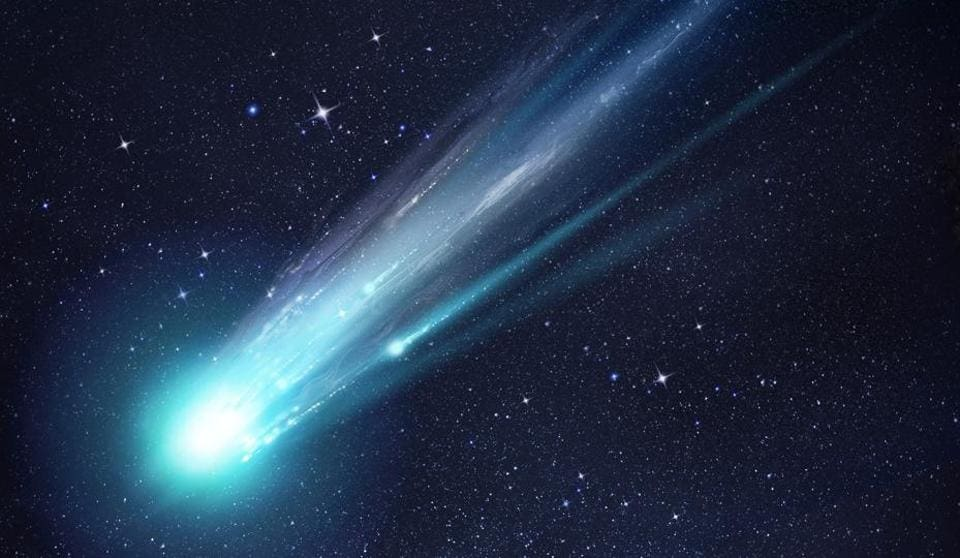 A large and bright comet breaking up as it gets close to the Sun. (Illustration)