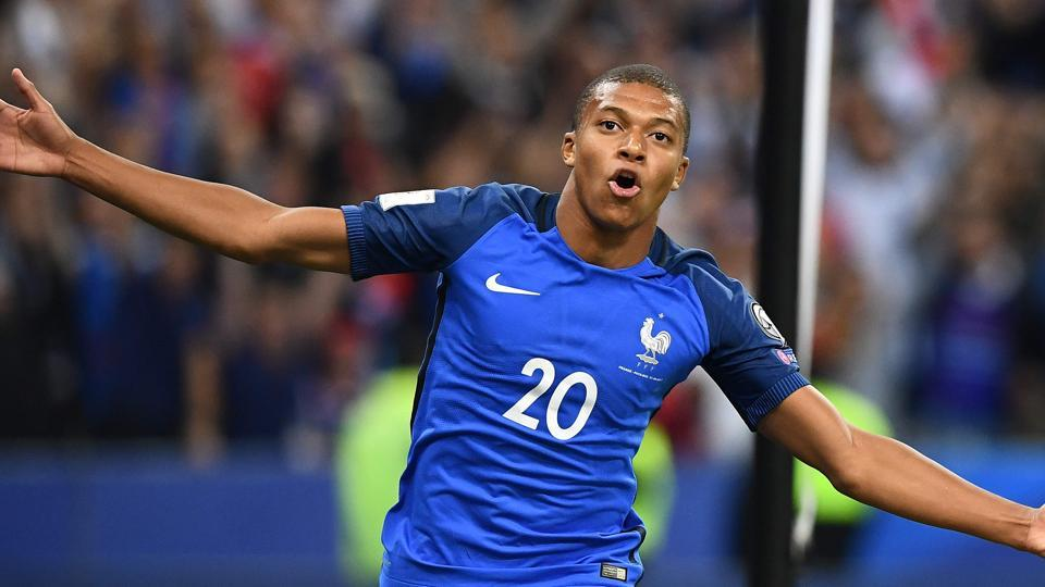 Kylian Mbappe has been bought by Paris St Germain on a season-long loan with the option to buy for a reported Euro 180 million in the next season.