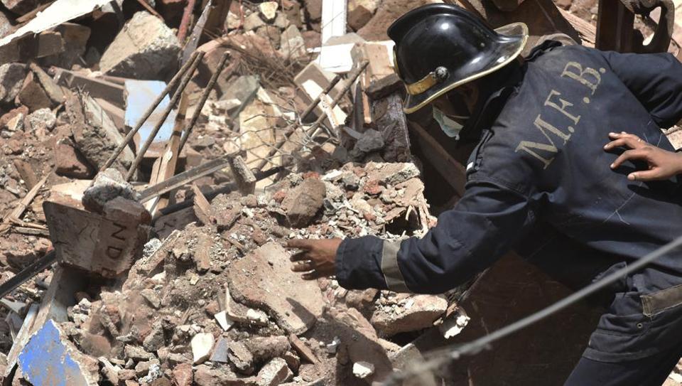 Mumbai building collapse,Mumbai buiding,house collapse