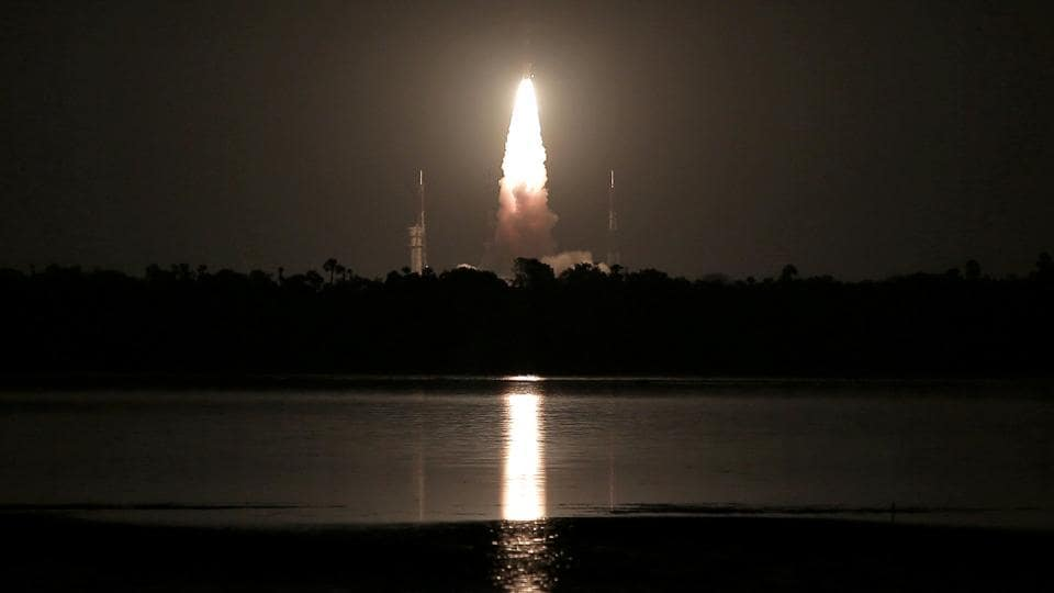 India's Polar Satellite Launch Vehicle (PSLV) C-39, carrying IRNSS-1H navigation satellite, lifts off from the Satish Dhawan Space Centre in Sriharikota, India. (Ravikumar / REUTERS)