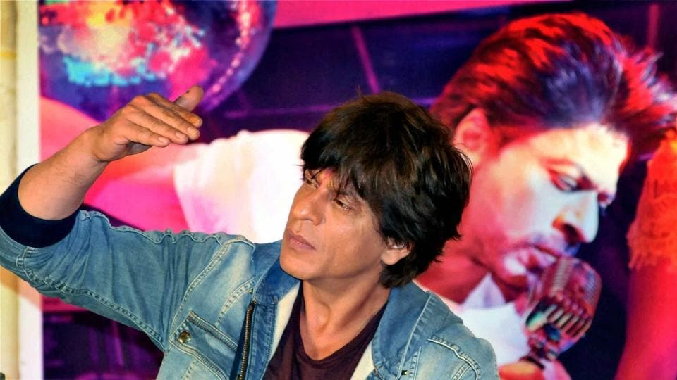 Shah Rukh Khan during an event to promote Jab Harry Met Sejal in Kolkata.