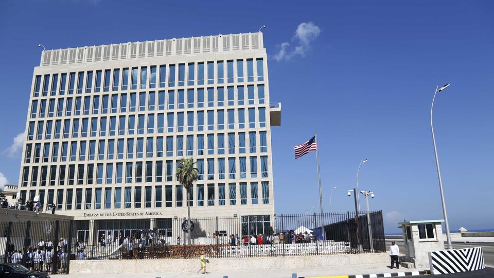 The USembassy in Havana, Cuba, after it was reopened in 2015. American diplomats who served in Cuba have been diagnosed with mild traumatic brain injury following mysterious, unexplained attacks on their health.