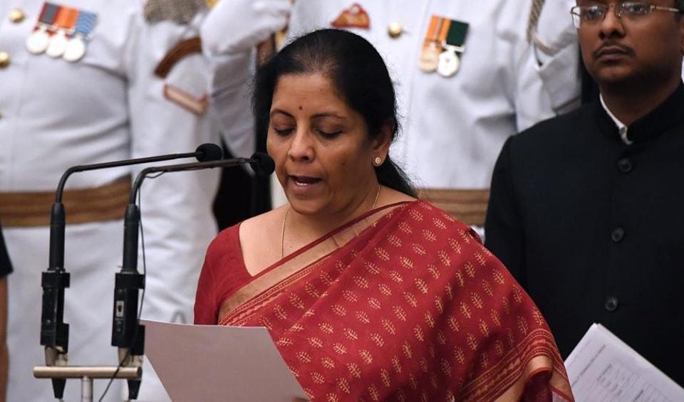 defence minister,Twitterrati,Nirmala Sitharaman