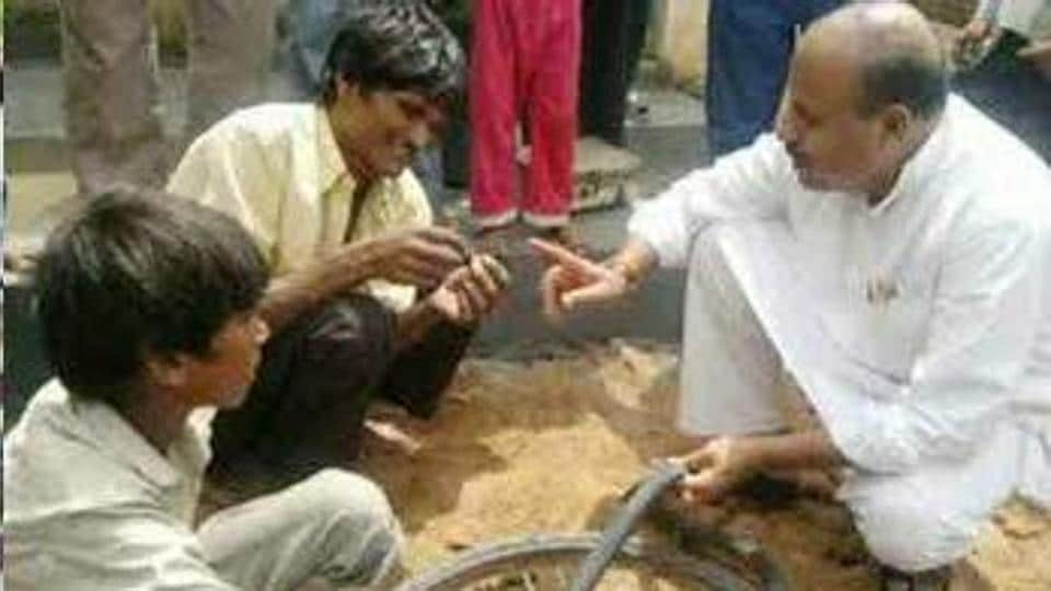Tikamgarh MPVirendra Kumar Khatik who took oath as Union minister of state for woman and child development on Sunday, once worked in his father's cycle repair shop as a child.