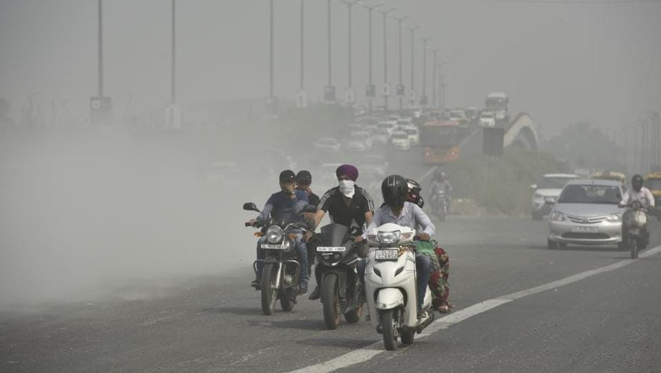 In a review meeting held last week, the Supreme Court-mandated Environment Pollution Control Authority (EPCA) urged the CPCB to integrate the daily data on air quality from SAFAR, DPCC and other state pollution control boards in NCR and come up with a single air quality index.
