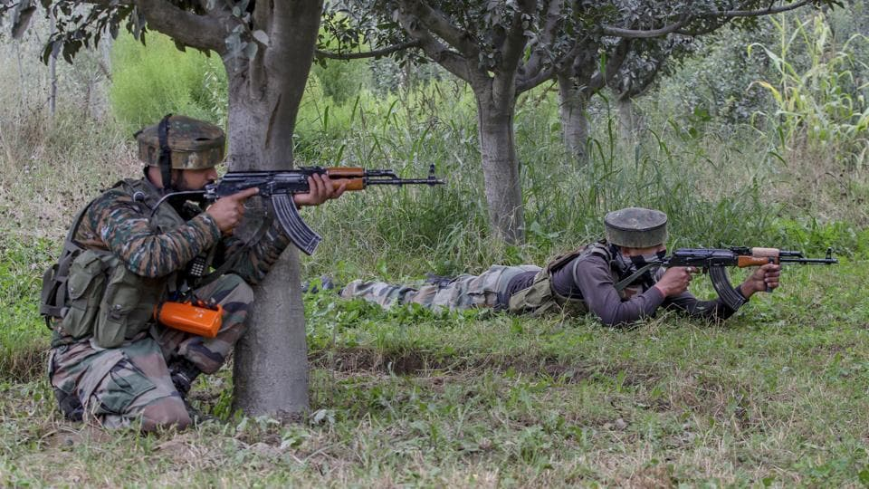 Indian Army personnel are retaliating against firing by Pakistan on Sunday.